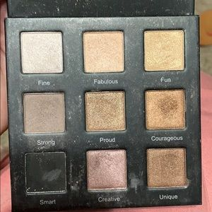 RealHer Makeup - Realher shadow pallette -  just swatched!